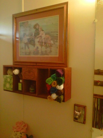 $300 remodel, Guest Bathroom with a twist, Old Cegar box from swap meat, Bathrooms Design