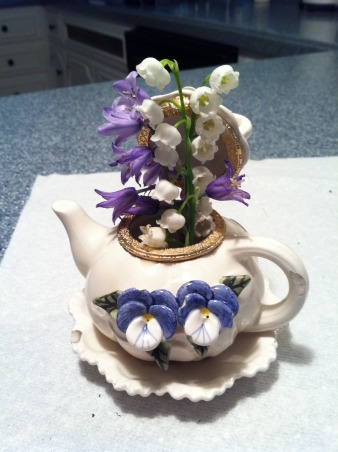 Spring Time in Tennessee, A little arrangement of spring flowers.  , Gardens Design