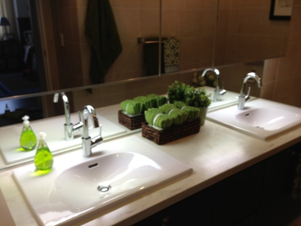 Go green, Green and neutral scheme is a mix of casual elegance. , Bathrooms Design