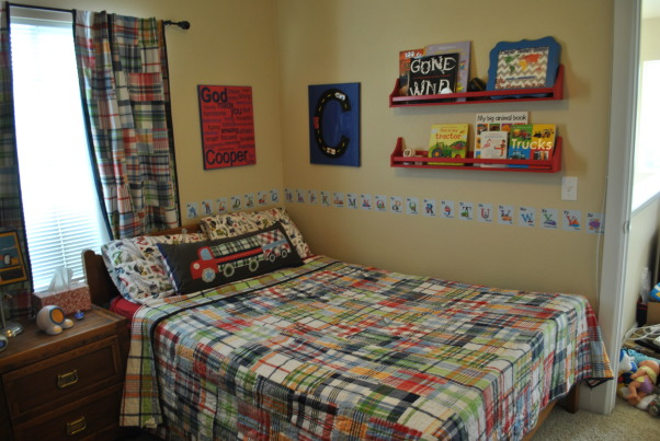 Toddler ABC/Car room, Toddler room with an alphabet and vehicle theme., Boys' Rooms Design