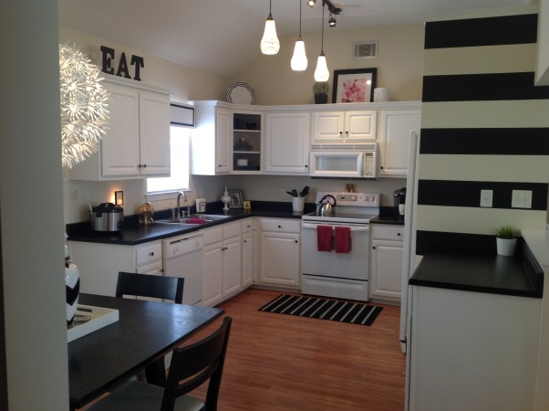Black & White Striped Kitchen, Kitchens Design