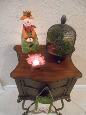 Fall time and Halloween!, Fun little table with fall goodies in our back hallway , Living Rooms Design