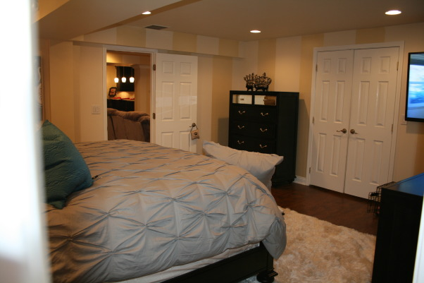 Moving to the basement!, Kitchenette, Home theater, pool/ping pong, Master Bed & Bath, Master Bedroom, Basements Design