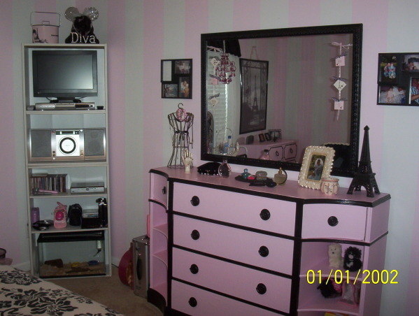 A teens paris dream, A newly decorated paris room for my daughter entering into the teen years., Girls' Rooms Design