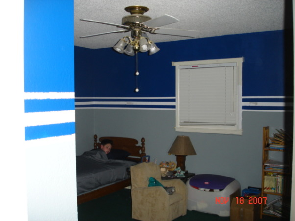 Information about rate my space hgtv for Dallas cowboys bedroom paint ideas