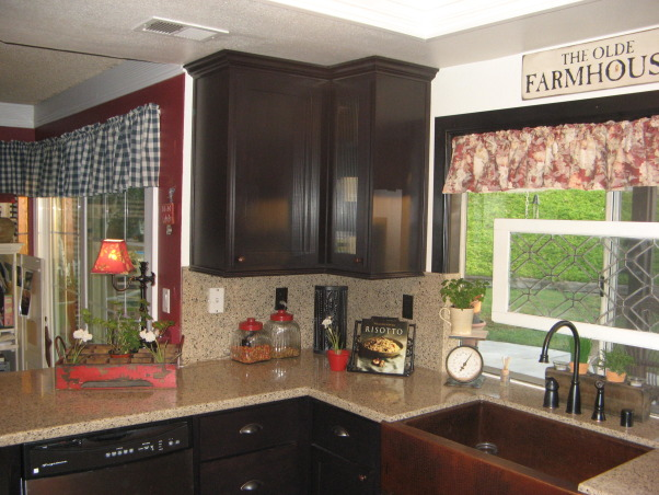Desmonds country kitchen, added pictures of the kitchen redo. Now you can see the whole kitchen., Kitchens Design