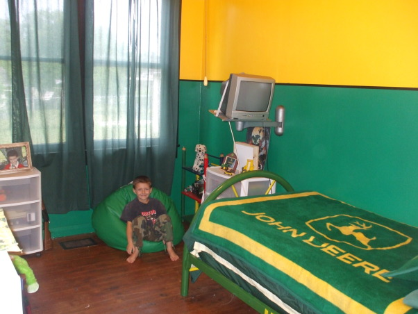 John Deere Boys Bedroom : Information about rate my space questions for hgtv