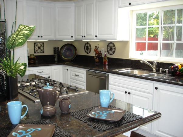 "Contemporary Fresh Kitchen Remodel, This was a ""flip property"" remodel. The contemporary fresh design helped it to sell in 6 days!, Kitchens Design"