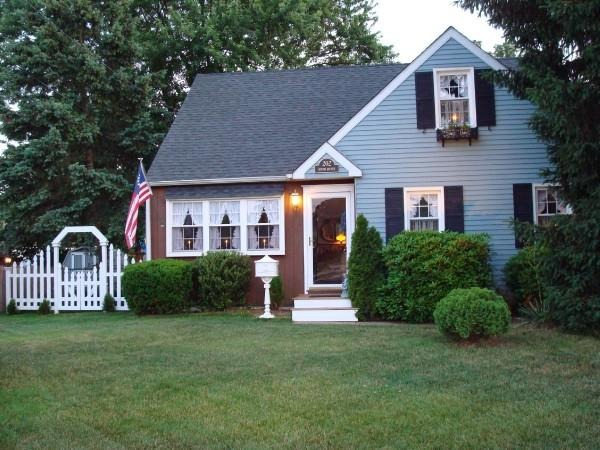 Information about rate my space questions for for Cape cod house exterior design