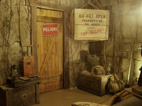 Indiana jones bedroom decorating ideas for Room decorating ideas yahoo answers