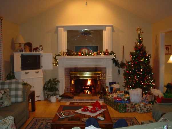 My Christmas Living Room, I'm all ready for Christmas at my house.  It has a perfect place for the tree.  I love the way it is set up.  Makes it so easy for decorating., My cozy living room.  , Living Rooms Design