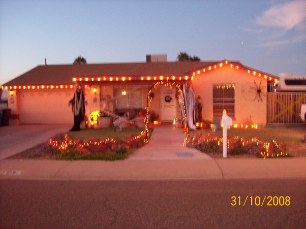 My Front Yard on Halloween!!!, This is my front yard on Halloween There are only 5 houses(including mine) on my street that decorated for Halloween. I wish there were more!!, Yards Design