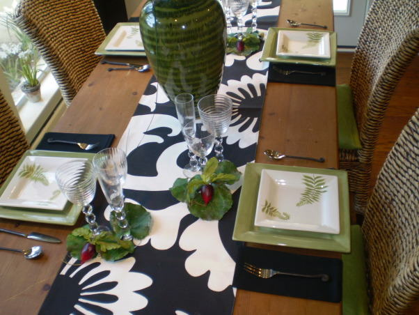 Breakfast Room Table Setting, Breakfast room adjoining Great Room..All done in dark gray and apple green accents, Dining Rooms Design