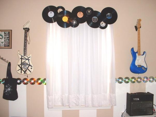 music inspired teenage bedroom this teenage bedroom redo was inspired