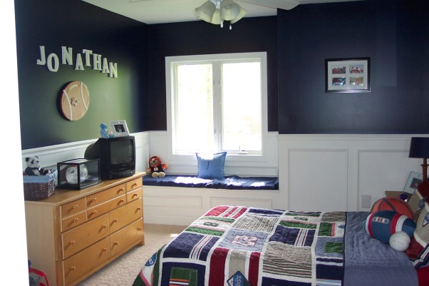 Little boys sports room , This is our little boys sports room. It is navy blue with the bottom in white wainscoating. , Boys' Rooms Design