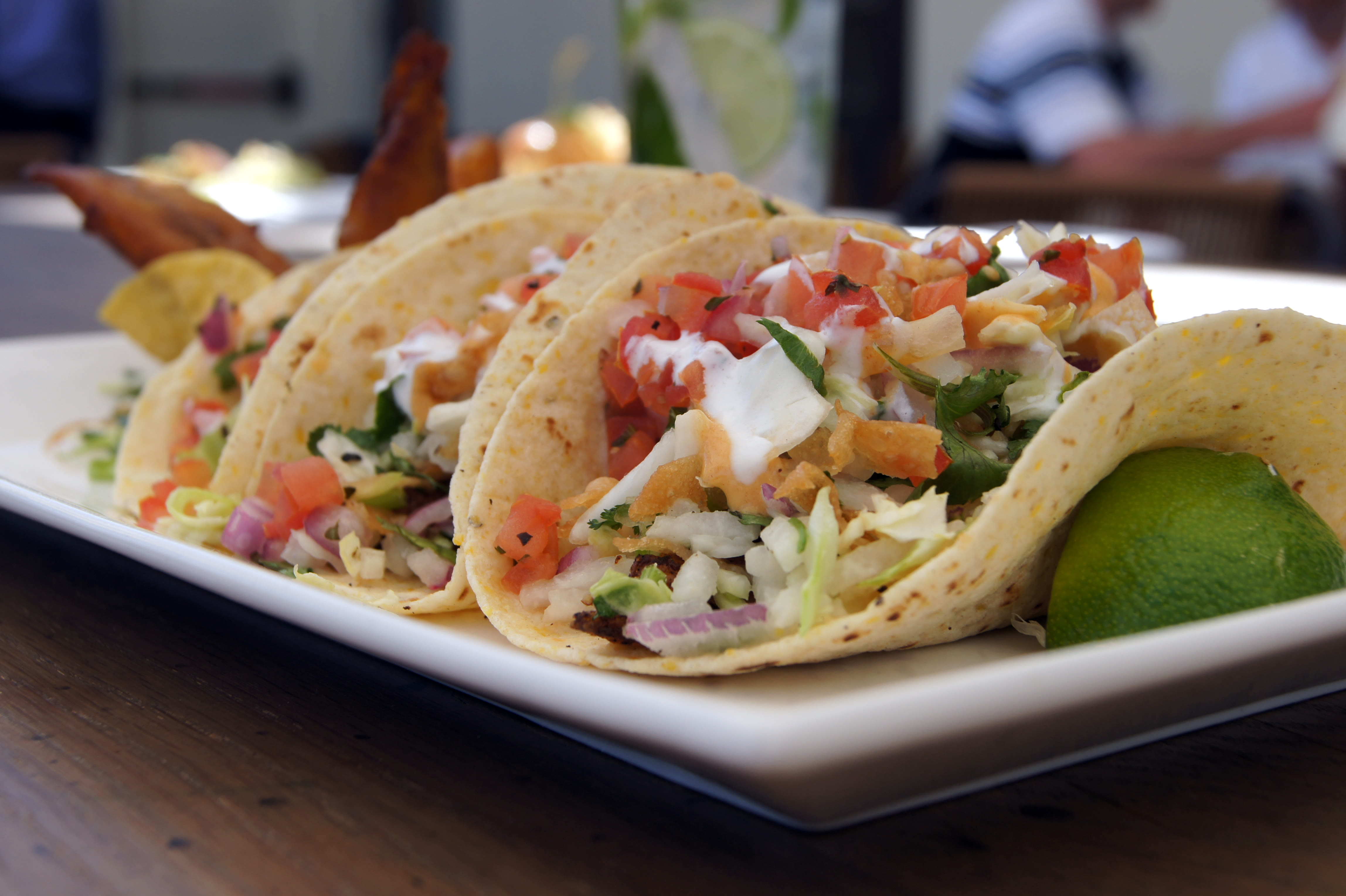 Tommy Bahamas Blackened Cabo Fish Tacos Recipe Genius Kitchen