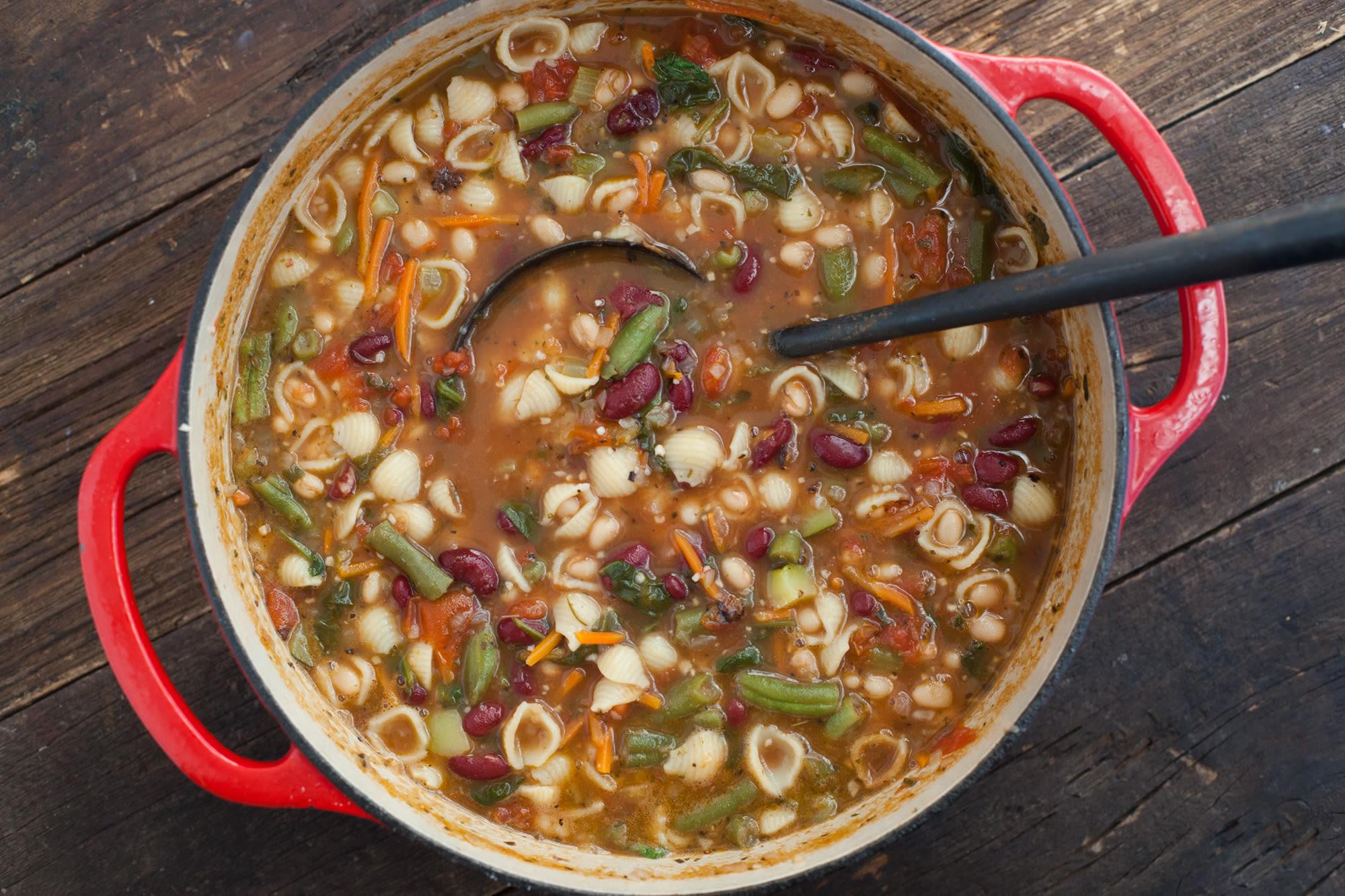 Copycat Olive Garden Minestrone Soup By Todd Wilbur Recipe - Genius ...