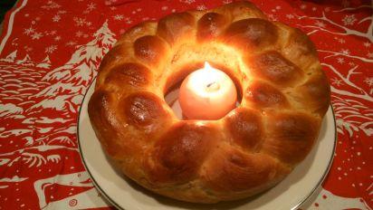 Christmas Bread.Ukrainian Christmas Bread Kolach