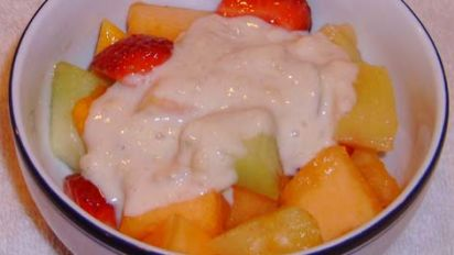 Hawaiian Fruit Salad With Banana Dressing