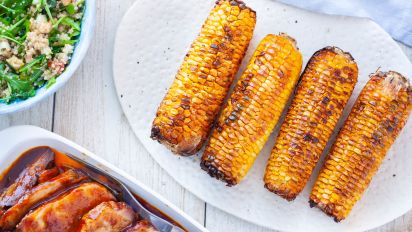 How to cook corn on the cob on grill with foil