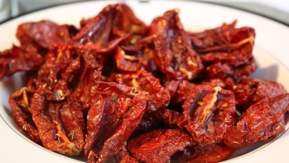 Make Your Own Sun Dried Tomatoes Oven Dehydrator Or Sun Recipe Food Com