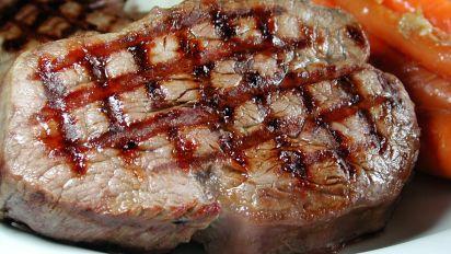 Chef Flower's How Do I Make Grill Marks on a Steak?