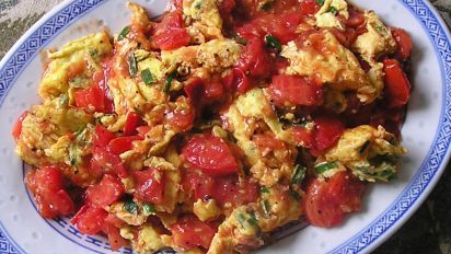 Egg with Tomatoes: Chinese home-style