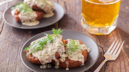 Crab Cakes With Chardonnay Cream Sauce Recipe Food Com