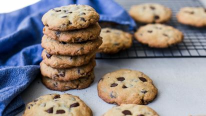Ooey, Gooey, Chewy Chocolate Chip Cookies Recipe - Food.com