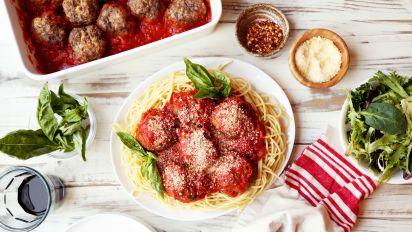 Mama Iuliucci S Famous Meat A Balls Italian Meatballs