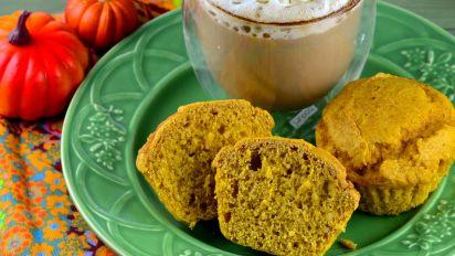 Simple Healthy Pumpkin Muffins
