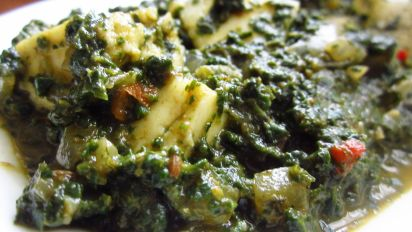 Cottage Cheese In Spinach Gravy Palak Paneer