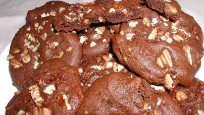 Chocolate Pecan Cookies (Better Than