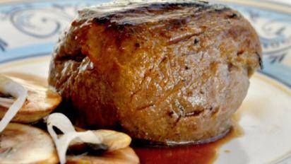 Filet Mignon With Mushroom Wine Sauce Light Version Weight Wat Recipe Food Com