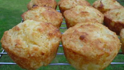 Pineapple And Sour Cream Muffins