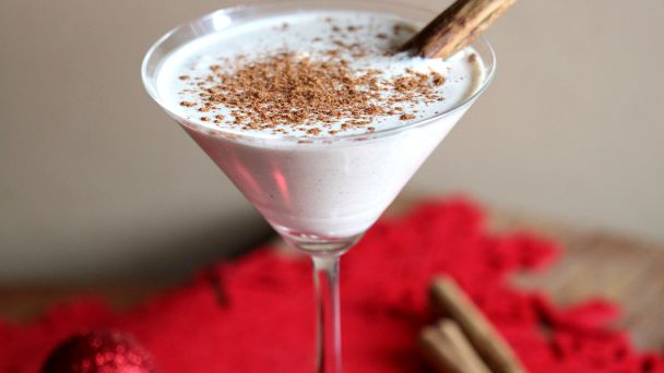 Eggnog Martini | 29 Christmas Punch Recipes You Can Serve This Holiday