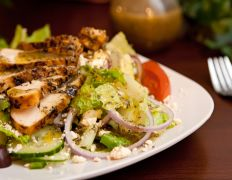 Greek food and greek recipes genius kitchen kittencals famous greek salad forumfinder Image collections