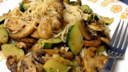 Pasta Zucchini Mushroom Toss With Garlic Herb Sauce For One Recipe