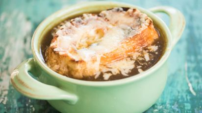Slow Cooker French Onion Soup Recipe Genius Kitchen