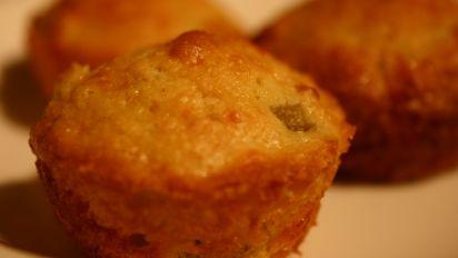 Jalapeno Cheddar Cornbread Recipe Genius Kitchen