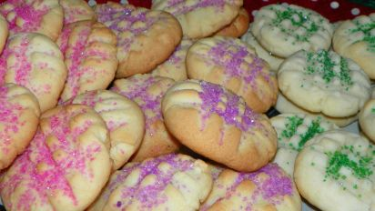 Creamy Christmas Butter Cookies Recipe Genius Kitchen