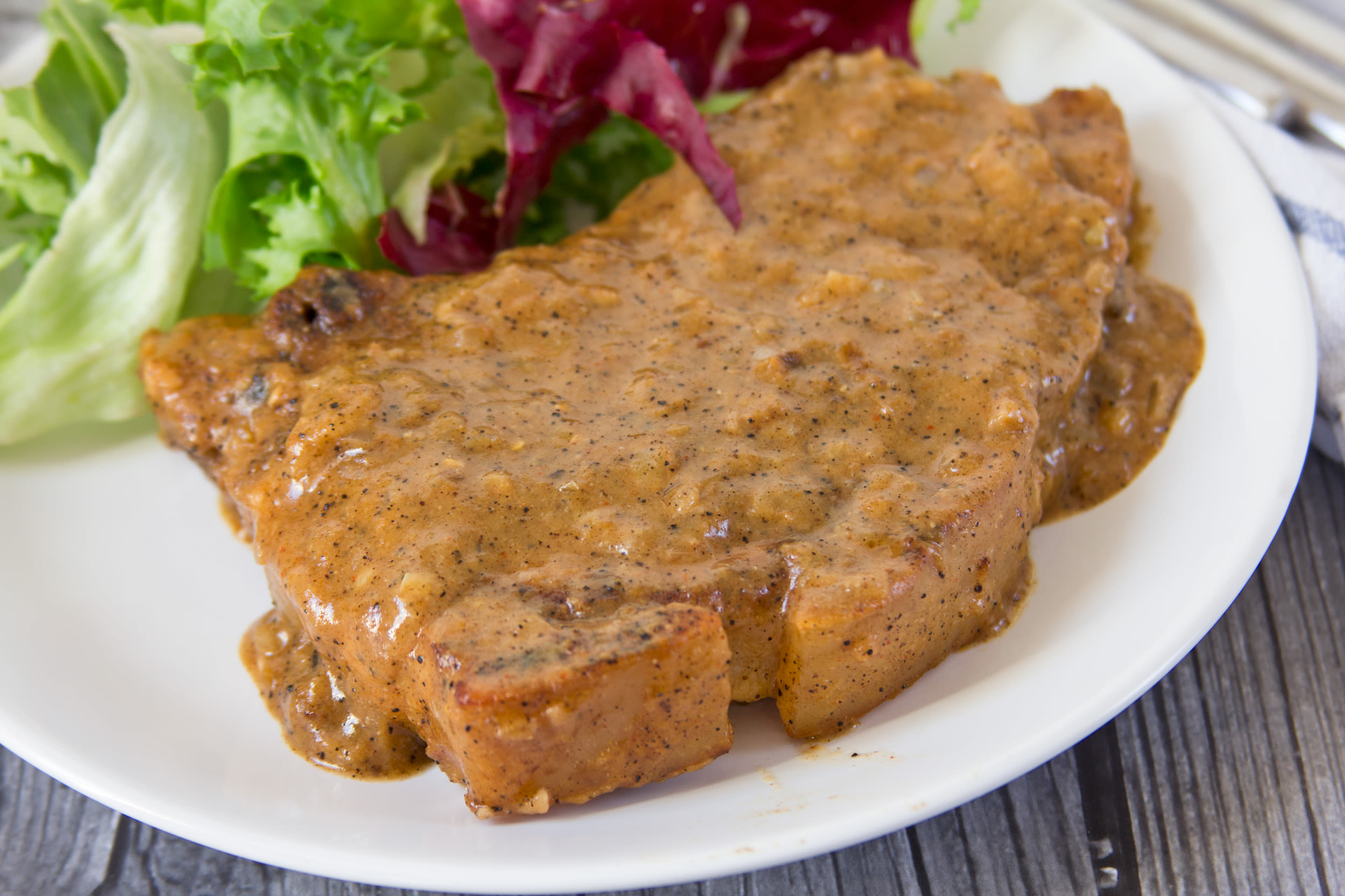 The Neeleys Smothered Pork Chops Recipe Genius Kitchen