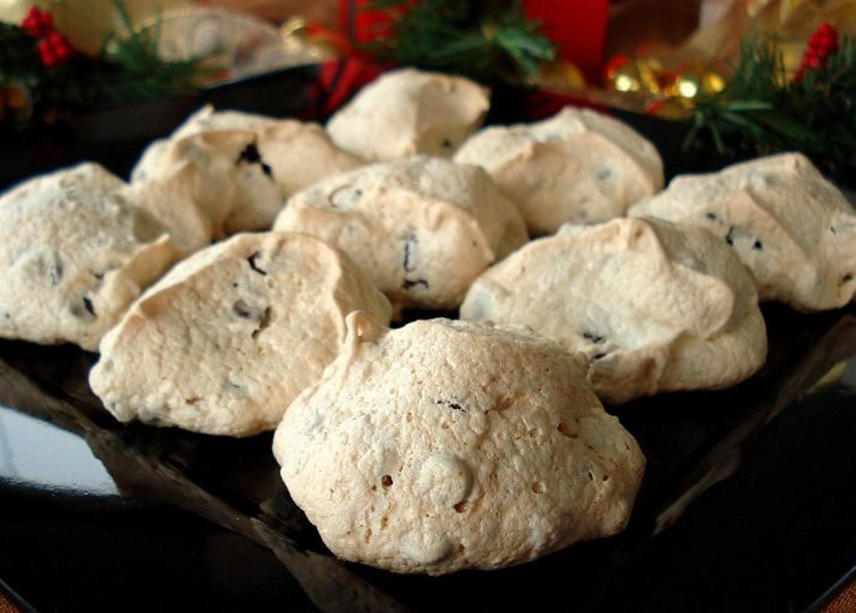 Meringue Cookies or Cloud Cookies image