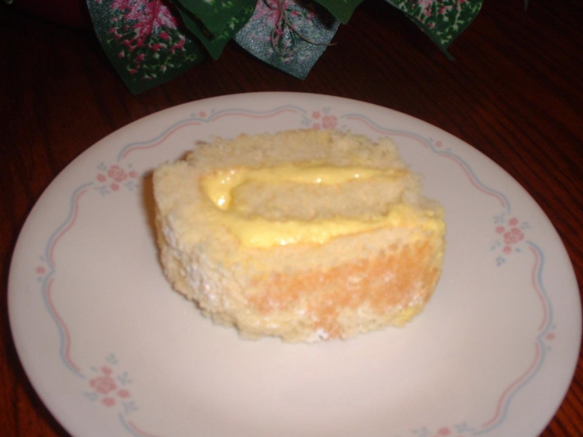 Lemon Cake Roll image