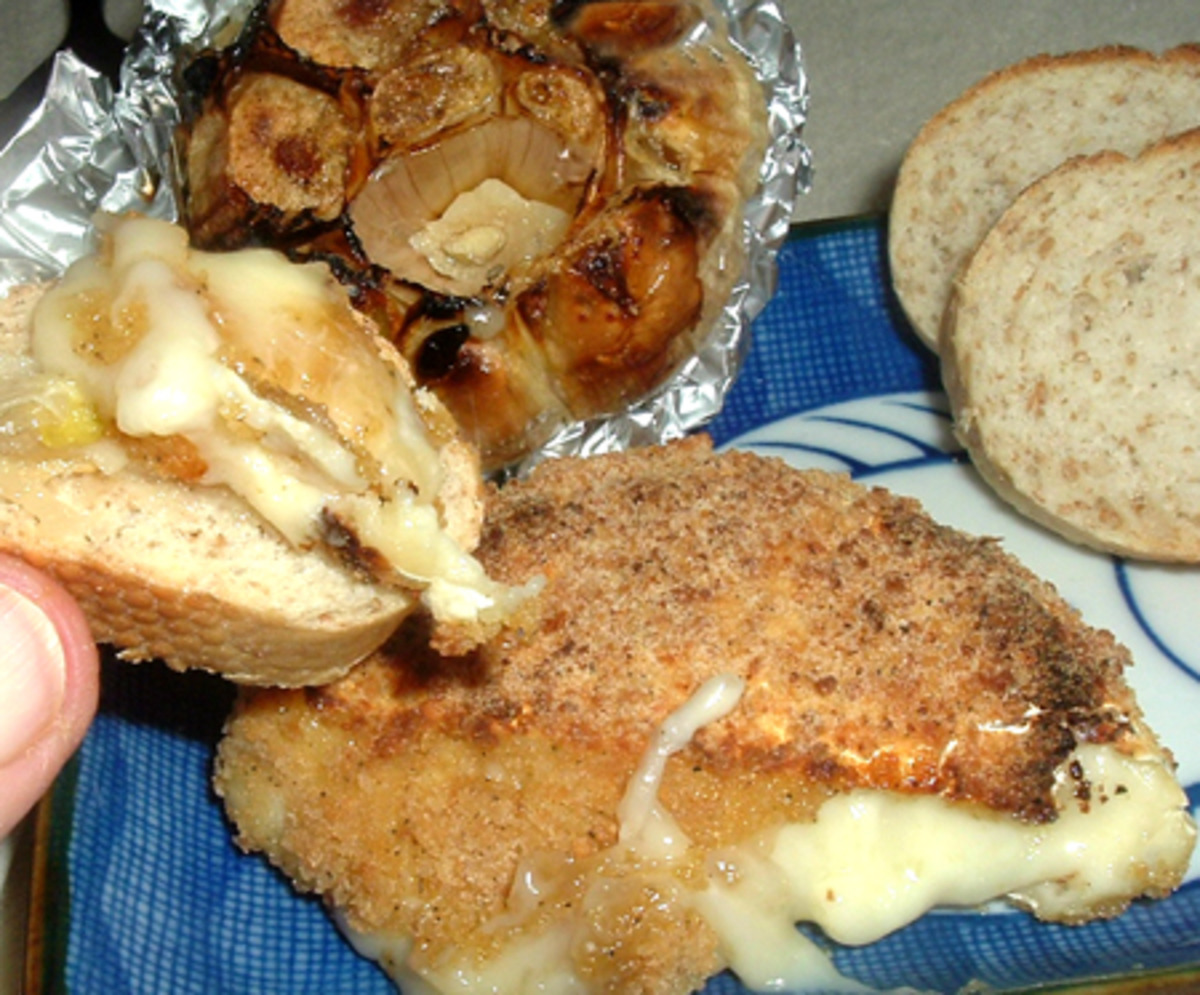 Brie or Camembert, Baked image
