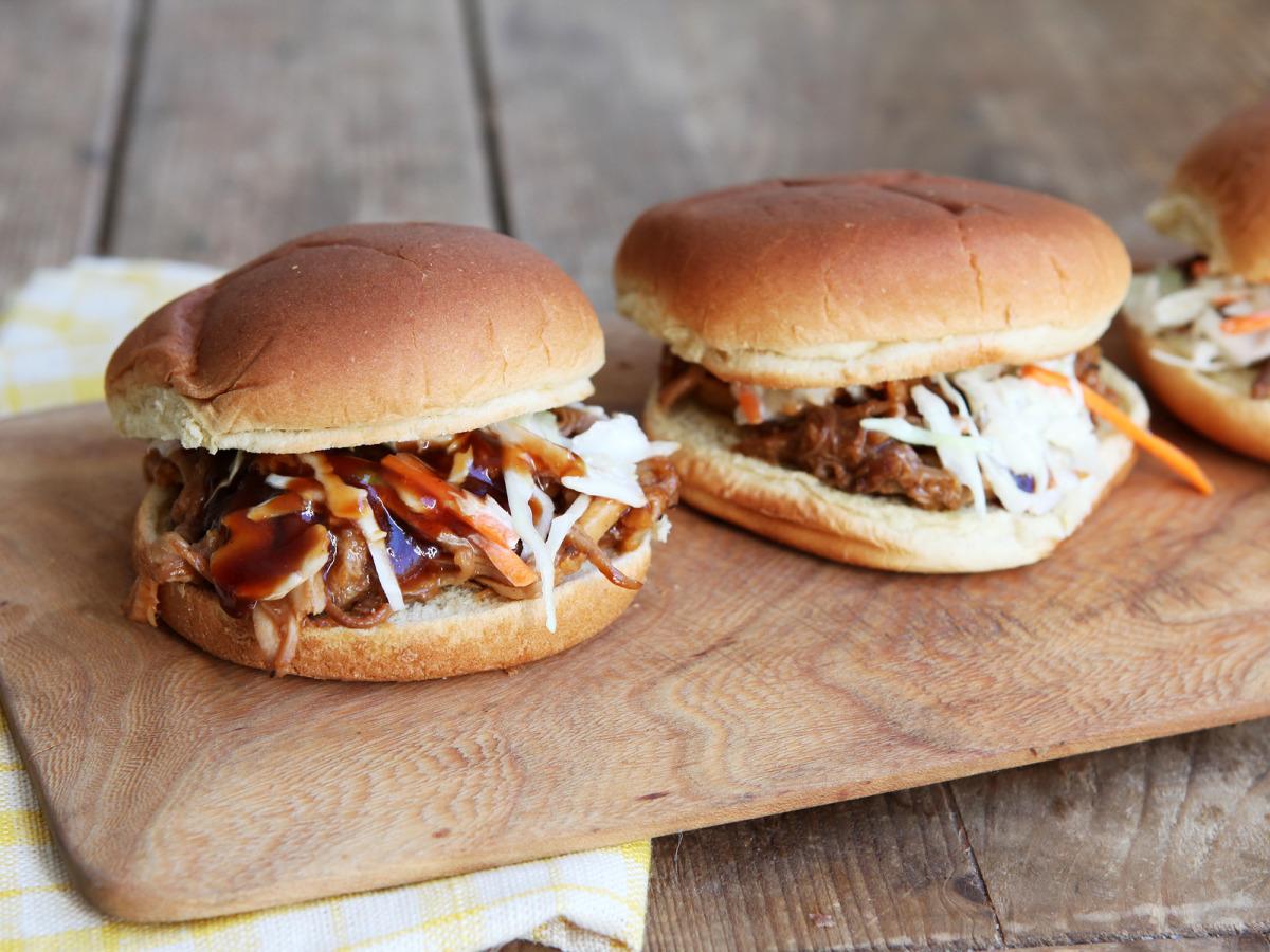 Carolina Style Pulled Pork Sandwich image