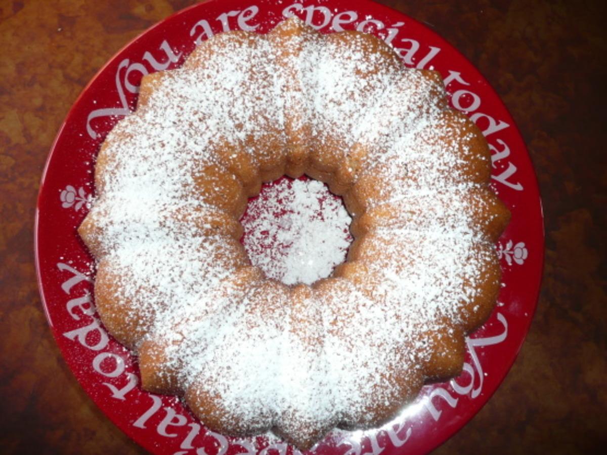 Grenada Spice Cake image