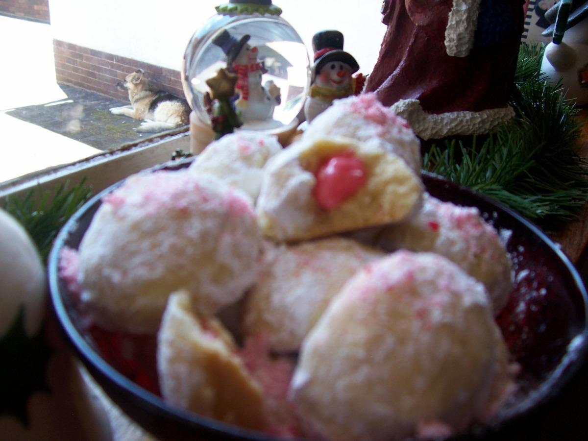 Peppermint Snowballs image