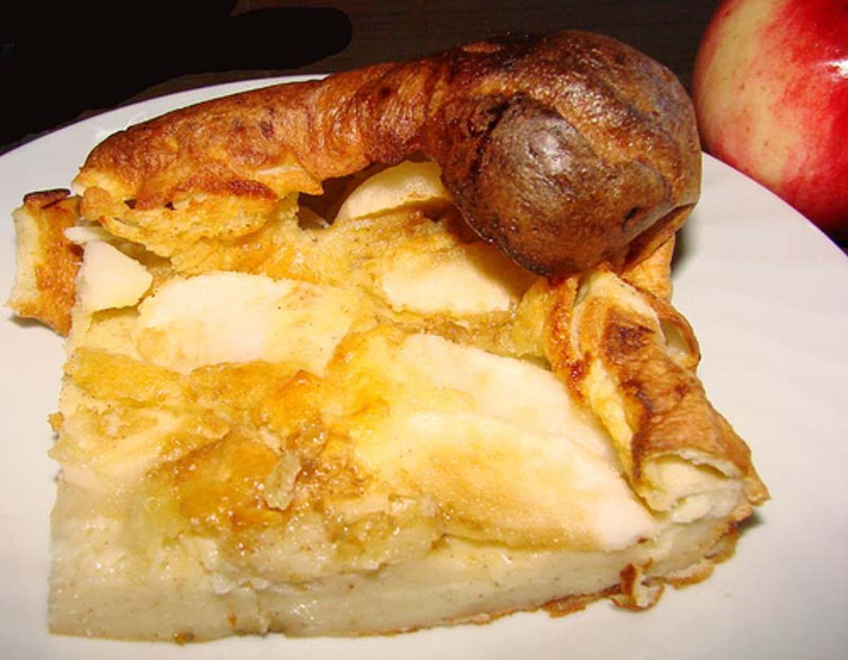 Apple Puffed Pancake image