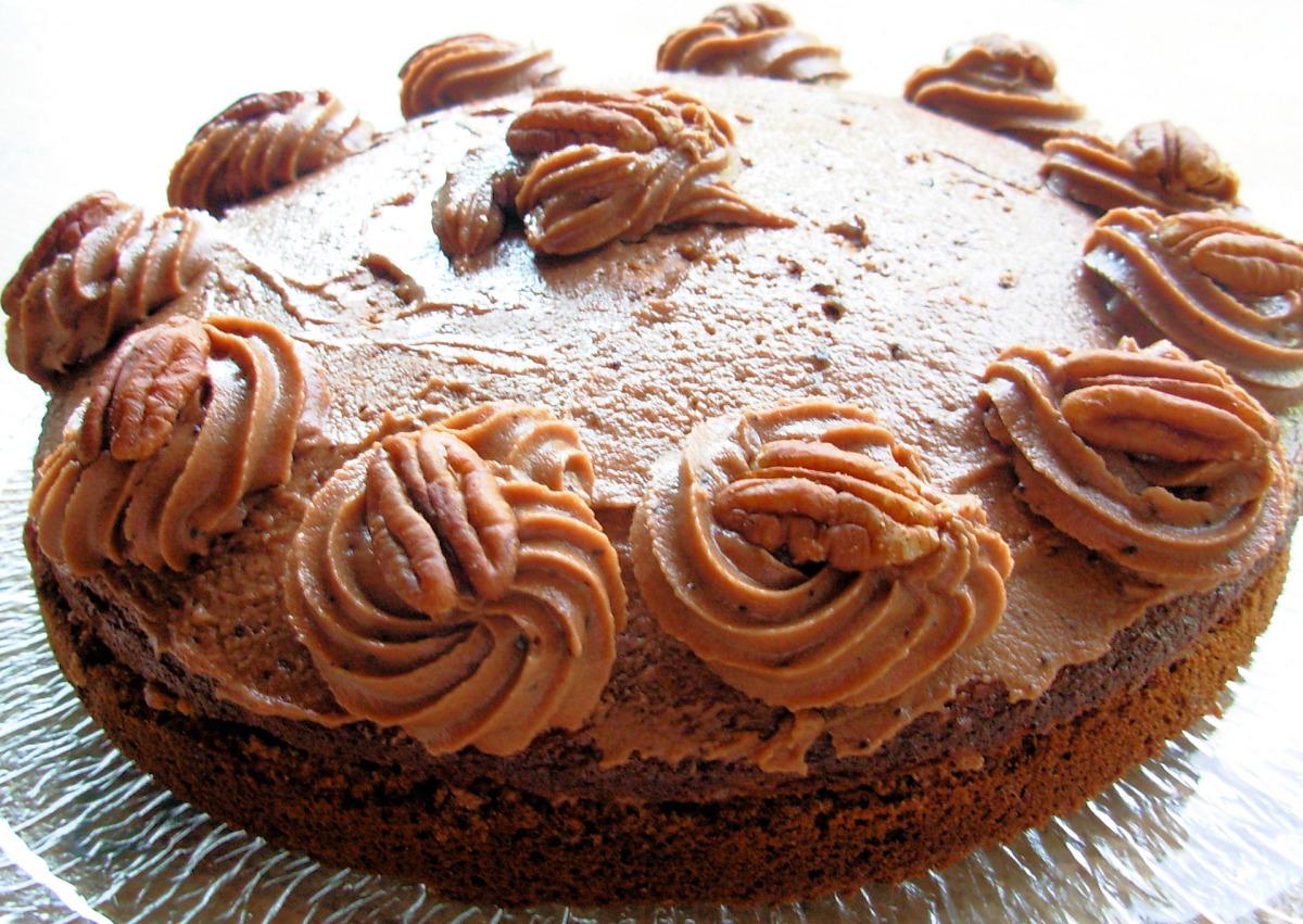 Old Fashioned Tea Time Milk Chocolate Cake